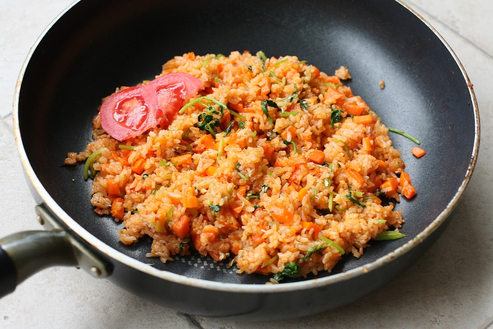 Why use leftover rice for fried rice ccuart Images